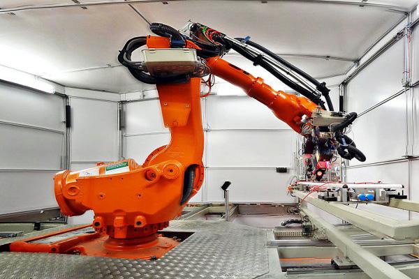 Antennas welding robot