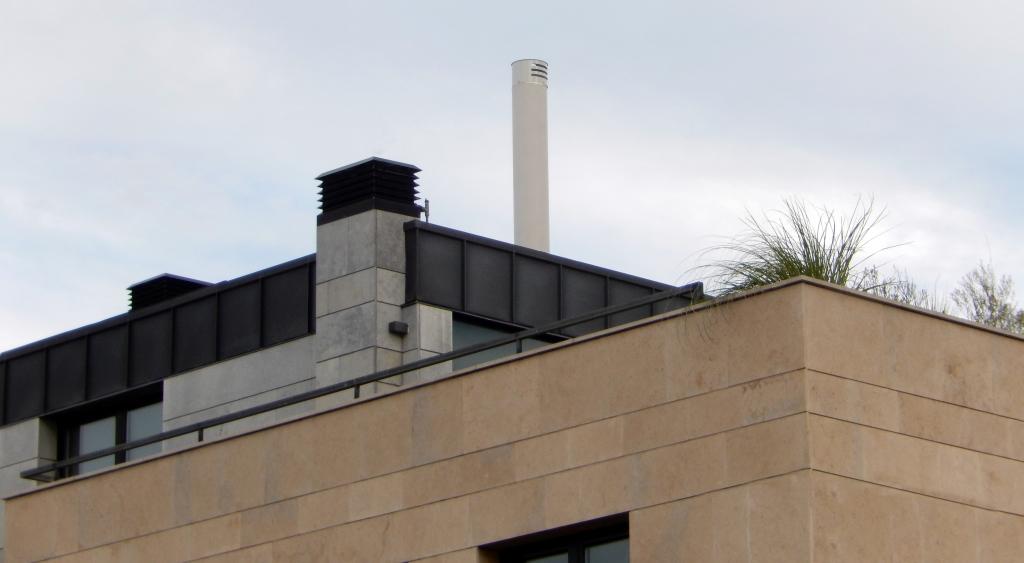 instalación de antena trisector