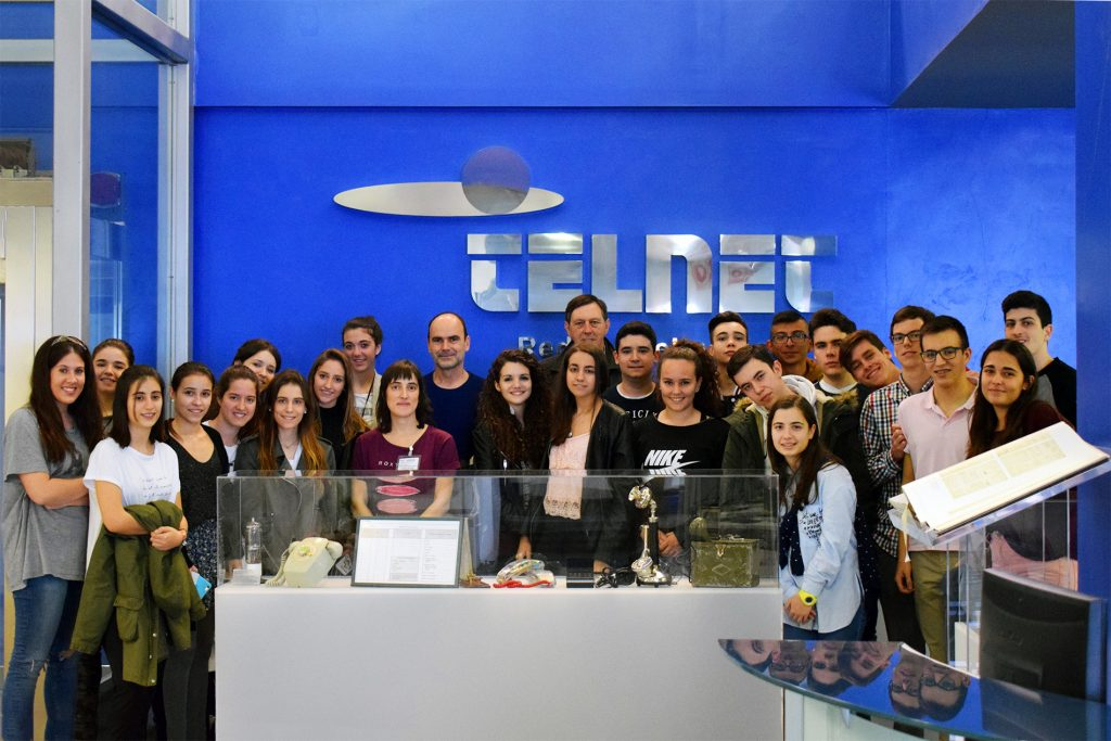Alumnos del Colegio Teresiano del Pilar